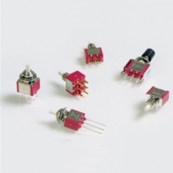 700SP7B11M1REC2GRN - E-Switch